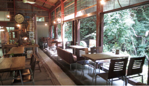 Antique Cafe Road アンティークカフェ ロード