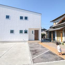 「実家の隣に建つファミリークロークのあるお家」 掛川市千浜S様邸 注文住宅レポート#023