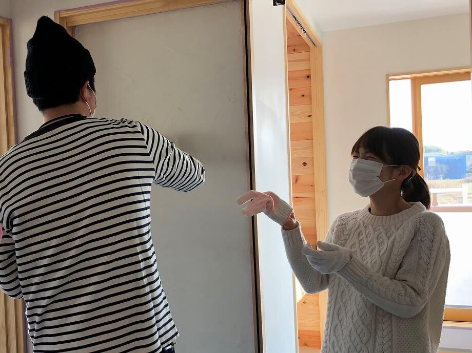 お家づくりの記念に ☆漆喰塗体験☆