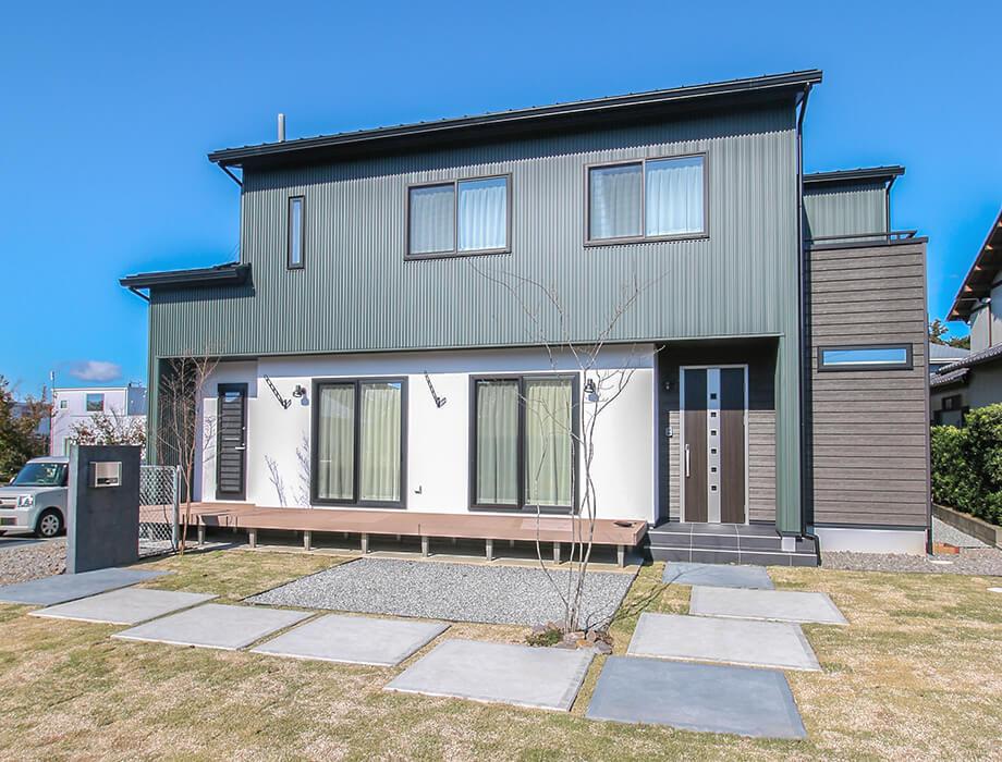 注文住宅レポート#057 袋井市豊沢 「男前インテリアが似合う5人家族の家」