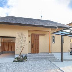 注文住宅レポート#059 掛川市和光 「インナーガレージで趣味を楽しむ 和モダンな大屋根の家」